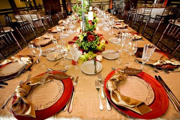 Sioux Falls Wedding Reception Venues & Plated Buffet Family Style Dinner Service for your Wedding ...